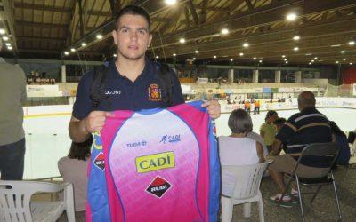 Jordi Pons del CHPA Cadí de la Seu d'Urgell guanya la plata a l'europeu  d'hoquei patins sub-17 amb la Selecció Estatal